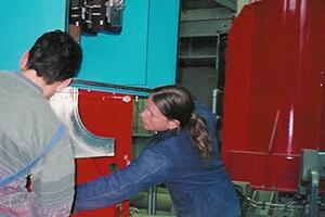arbeiter-elektroinstallationen